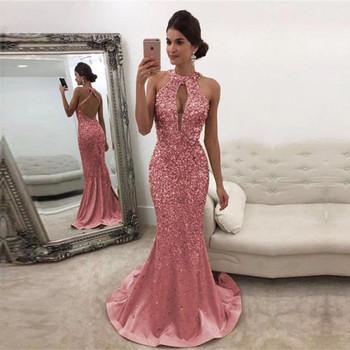 НОВ модел дамска дълга стилна рокля с дълбоко деколте и голи рамене