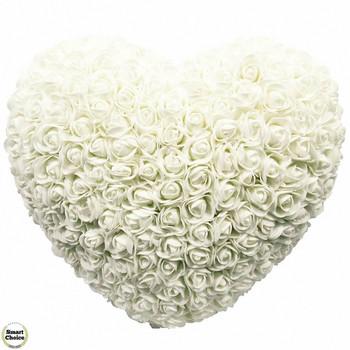 Ръчно изработено сърце от рози в бяло 32 см. Модел DM-9081