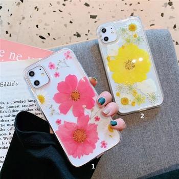Прозрачен силиконов калъф с цветни цветя за iPhone 11