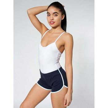 Къси дамски панталони подходящи за бягане и фитнес