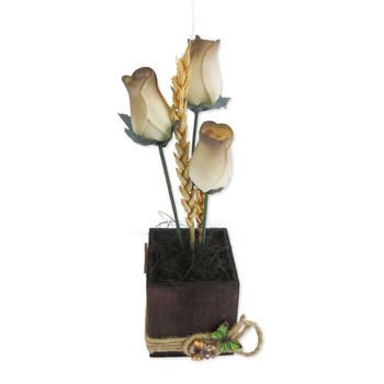 Декорация с рози от дърво