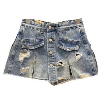 Дамски къси дънкови пола-панталон с копчета