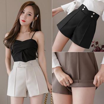 Модерни дамски къси панталони с висока талия и метални елементи