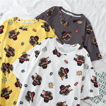 Ежедневна дамска тениска с овално деколте, цветен десен и къс ръкав
