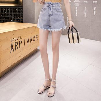 Модерни къси дамски панталони с висока талия и скъсани мотиви