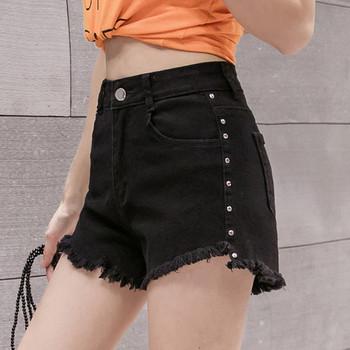Ежедневни къси дамски панталони с метални елементи и висока талия