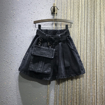 Нов модел дамски къси панталони с колан и джоб