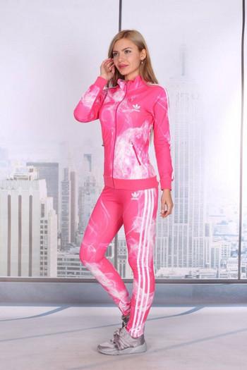 Спортен екип в розово
