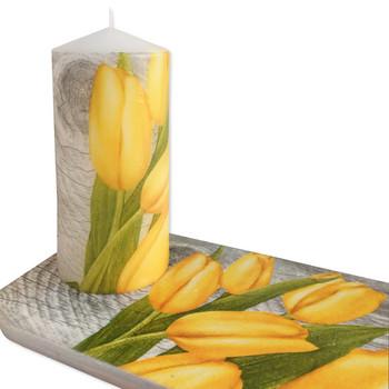 Свещ с подложка Лале