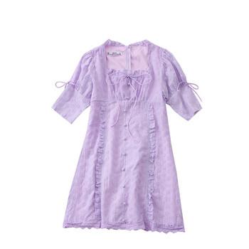 Дамска рокля с връзки и квадратно деколте