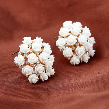 Дамски кръгли обеци с декорация цветя