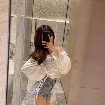 Модерни къси дънкови панталони с връзки и скъсани мотиви
