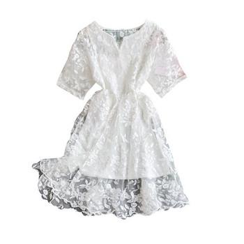 Дамска модерна рокля с ластична талия и бродерия