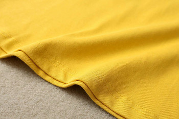 Ежедневна тениска с щампа в жълт цвят