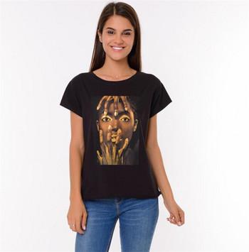 Ежедневна дамска тениска с апликация и къс ръкав