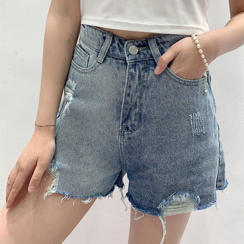 Къси модерни дънки със скъсани мотиви