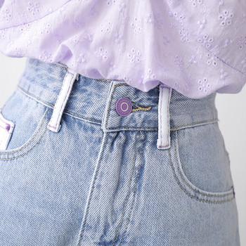 Къси дънкови дамски дънки със скъсани мотиви