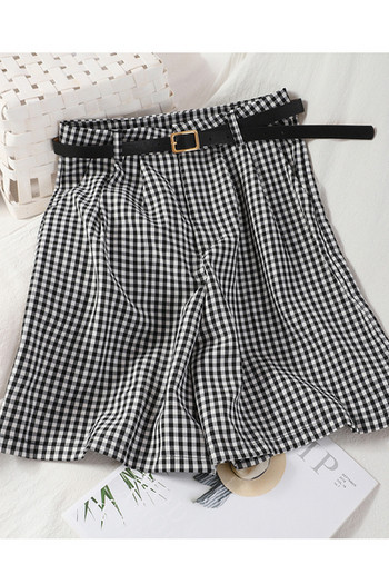 Карирани дамски къси панталони с колан и висока талия