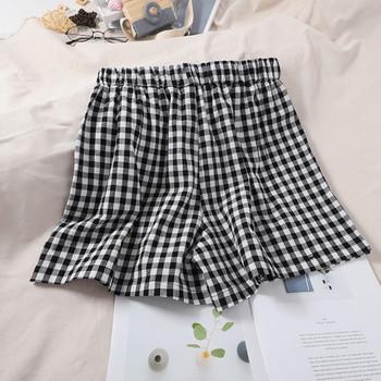 Карирани дамски къси панталони с ластик