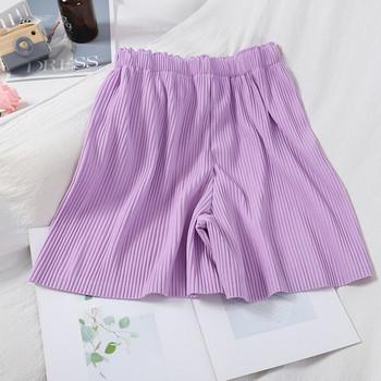 Плисирани дамски къси панталони с ластик