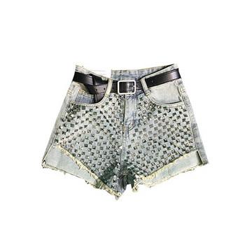 Нов модел дамски къси дънки с елемент -капси