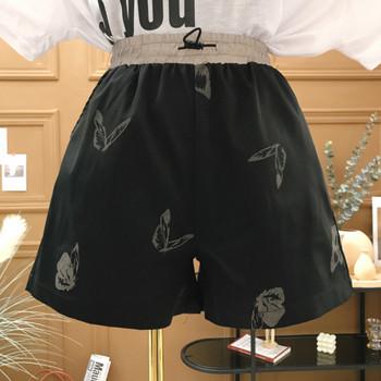 Актуални къси дамски панталони с висока талия и светлоотразителни елементи
