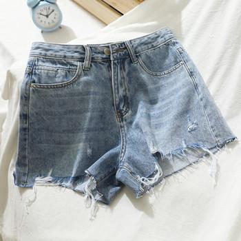 Ежедневни къси дънкови панталони Slim модел със скъсани мотиви