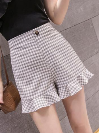 Карирани дамски къси панталони с  висока талия