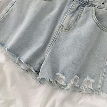 Дамски къси дънки широк модел с висока талия и скъсани мотиви