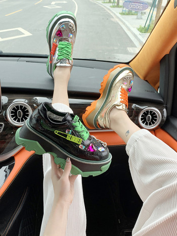 ХИТ Дамски модерни маратонки с висока подметка  и цветни връзки