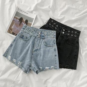 Дамски къси дънки широк модел с джобове и скъсани мотиви