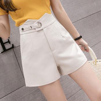 Актуални къси панталони с висока талия и джобове