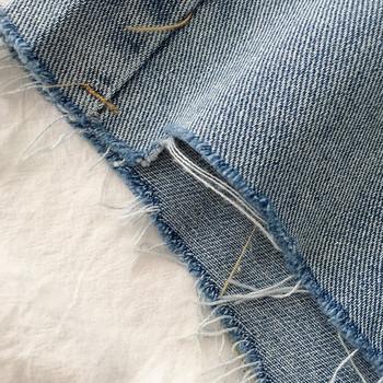 Γυναικείο τζιν κοντό  ρετρό στυλ με κουμπί και τσέπες