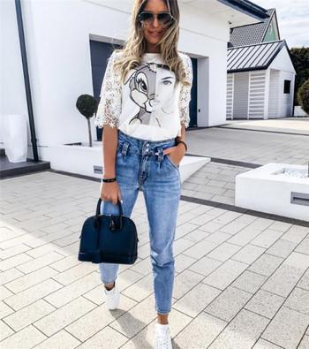 Ежедневна дамска блуза с овално деколте и къс ръкав