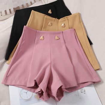 Стилни дамски къси панталони с метален елемент