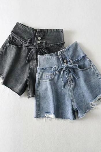 Къси дамски дънкови панталони с висока талия и скъсани елементи