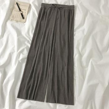 Дамски плисиран панталон с ластична талия