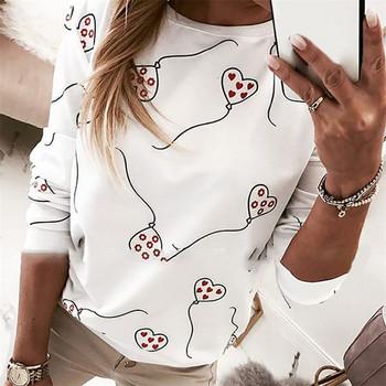 Ежедневна  дамска  блуза с дълъг ръкав  и овално деколте