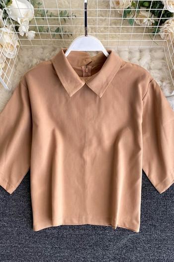 Дамска блуза с класическа яка и къс ръкав