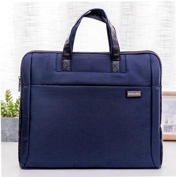 Чанта за лаптоп с емблема и къси дръжки