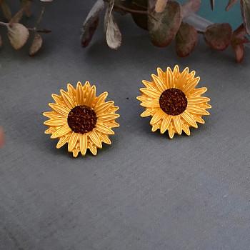 Дамски обеци във формата на слънчоглед