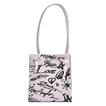 Ежедневна дамска чанта с дълги дръжки