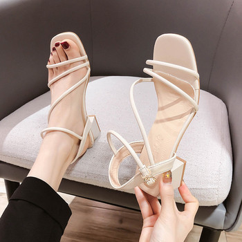 Дамски кожени сандали с тънки каишки с квадратен ток