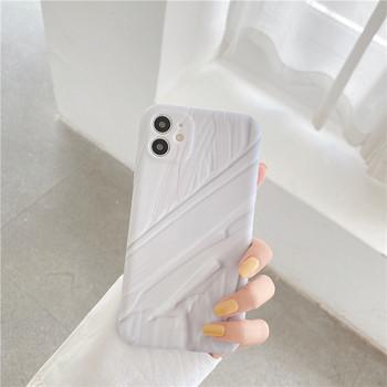 Силиконов калъф за Iphone 11 в бял цвят