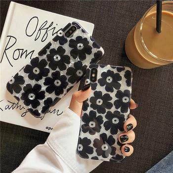 Силиконов калъф за iPhone X/XS с черни цветя