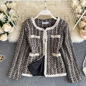 Ретро дамско късо палто с овално деколте