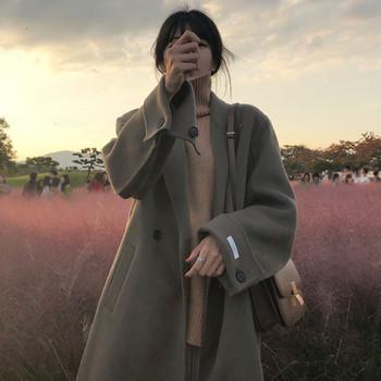 Дълго есенно-зимно палто с копчета