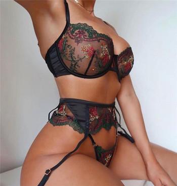 Интимно дамско бельо в черен цвят от дантела с бродерия